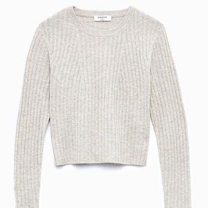 🤍 Aritzia Babaton Cropped Ribbed Sweater